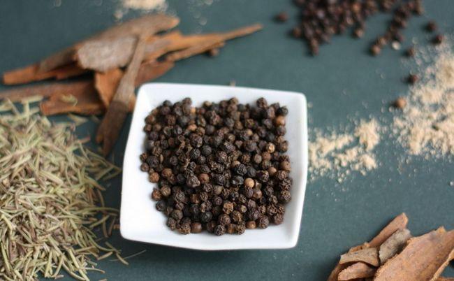 Чорний перець горошком при проносі (при діареї)