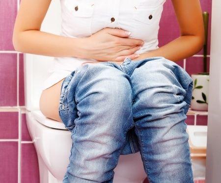 Что делать, если жидкий стул (понос, диарея) месяц?