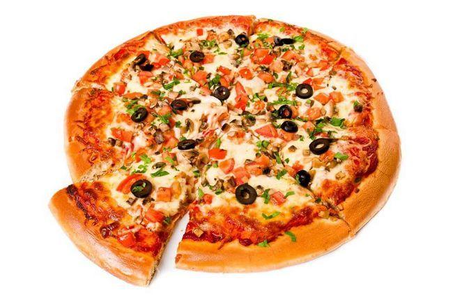Пиццу можно кушать только в случае ее домашнего приготовления