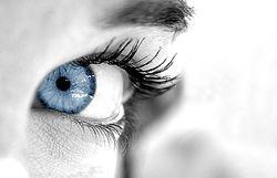 Избавляемся от меланомы глаза