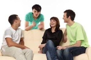 Общение с друзьями своего парня