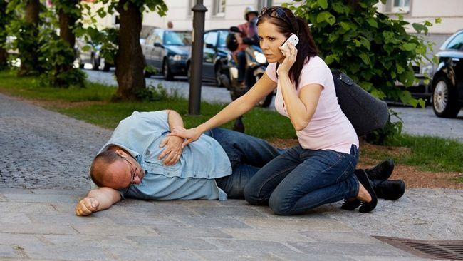 Неправильное оказание первой помощи может плачевно закончится для больного