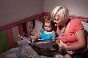 Как уложить ребенка спать: советы родителям с комментарием психолога