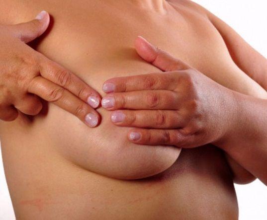 Каковы первые признаки застоя молока в груди