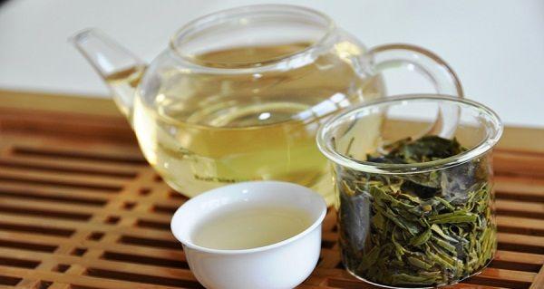 зелений чай при проносі