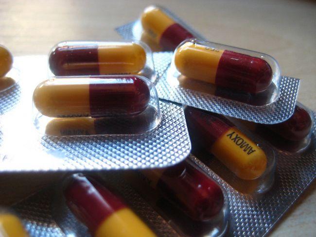 Лікування антибіотиками проносу