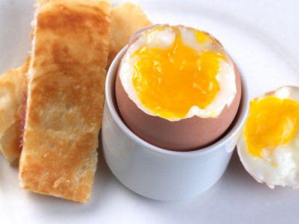 Чи можна їсти яйця при проносі?
