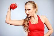 Можно ли заниматься спортом во время месячных?