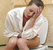 Первые симптомы и признаки геморроя у женщин