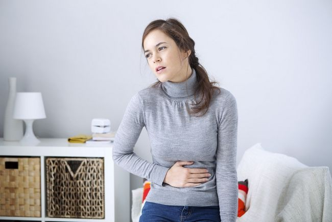 Почему болит желудок и сильный понос, что делать?