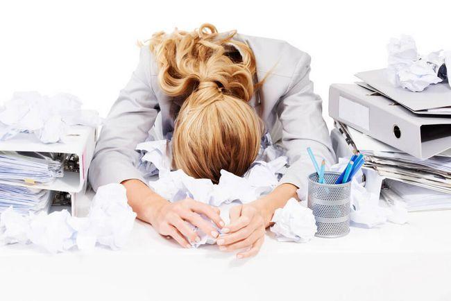 Постоянные стрессовые ситуации провоцируют развитие фиброаденомы