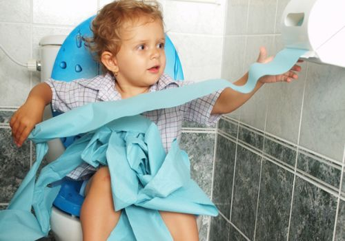 Понос (диарея) после приёма антибиотиков у ребёнка и у взрослого