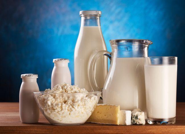 После молока понос