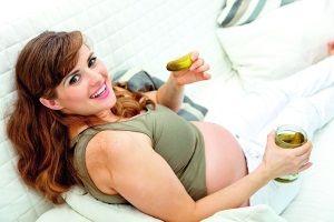 Почему при беременности понос?