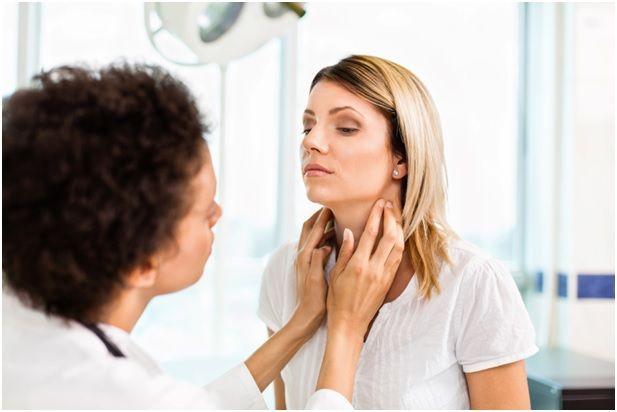 Во время беременности требуется проводить регулярные осмотры у специалистов