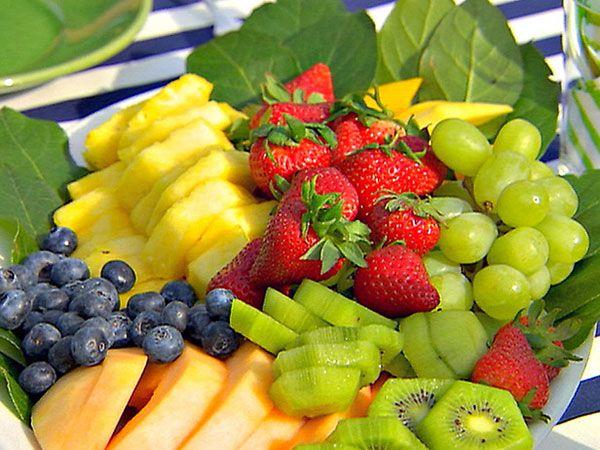 Диета должна содержать много фруктов и овощей